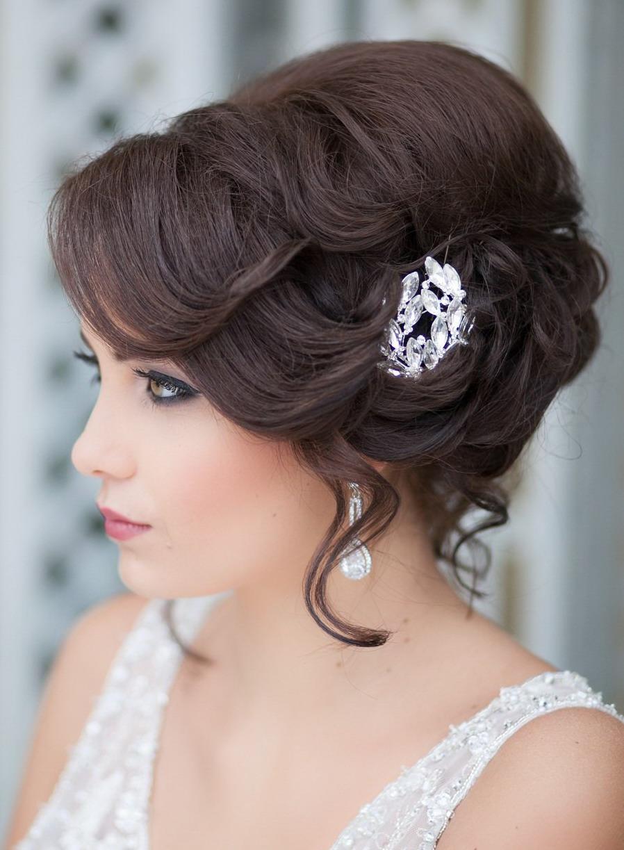 Свадебные причёски на волосы до плеч с чёлкой